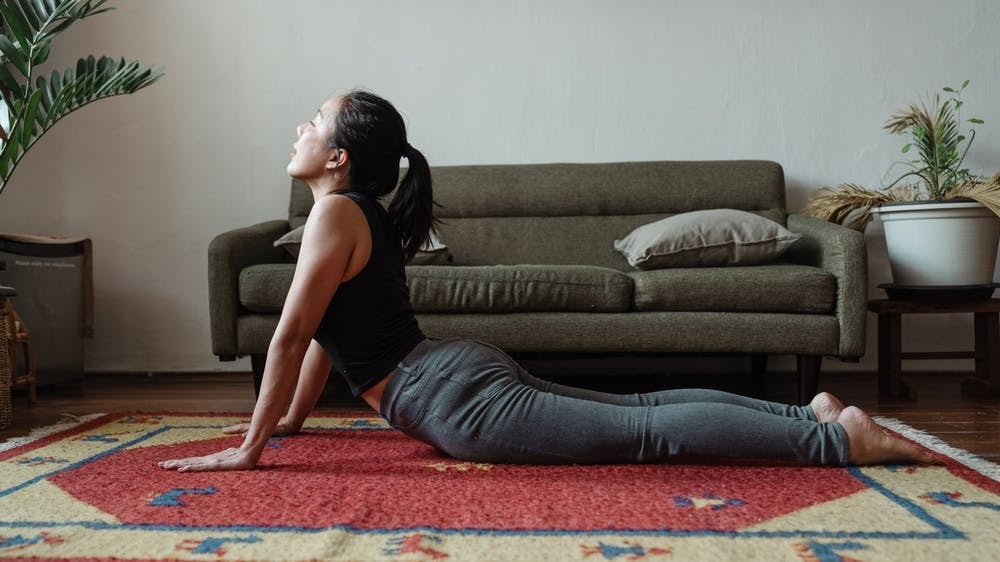 7 effective stretches to ease lower back pain